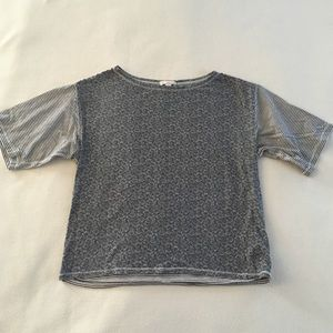 GAP Gray Floral/Striped Cropped Tee